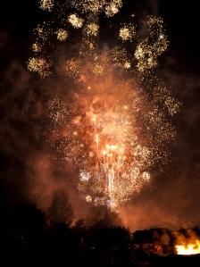 fireworks compressed